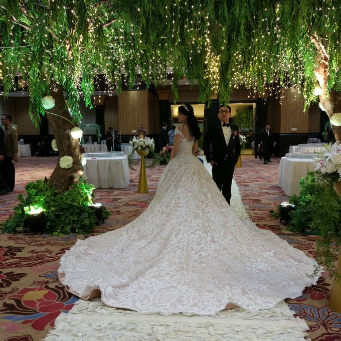 Wedding of Steven & Renata at Grand Slipi Tower on July 22nd 2017 by Sparkling Organizer - 027