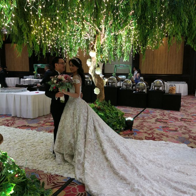 Wedding of Steven & Renata at Grand Slipi Tower on July 22nd 2017 by Sparkling Organizer - 028