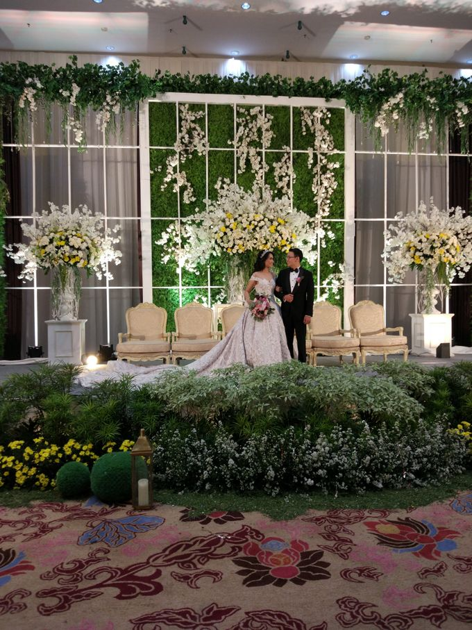 Wedding of Steven & Renata at Grand Slipi Tower on July 22nd 2017 by Sparkling Organizer - 029