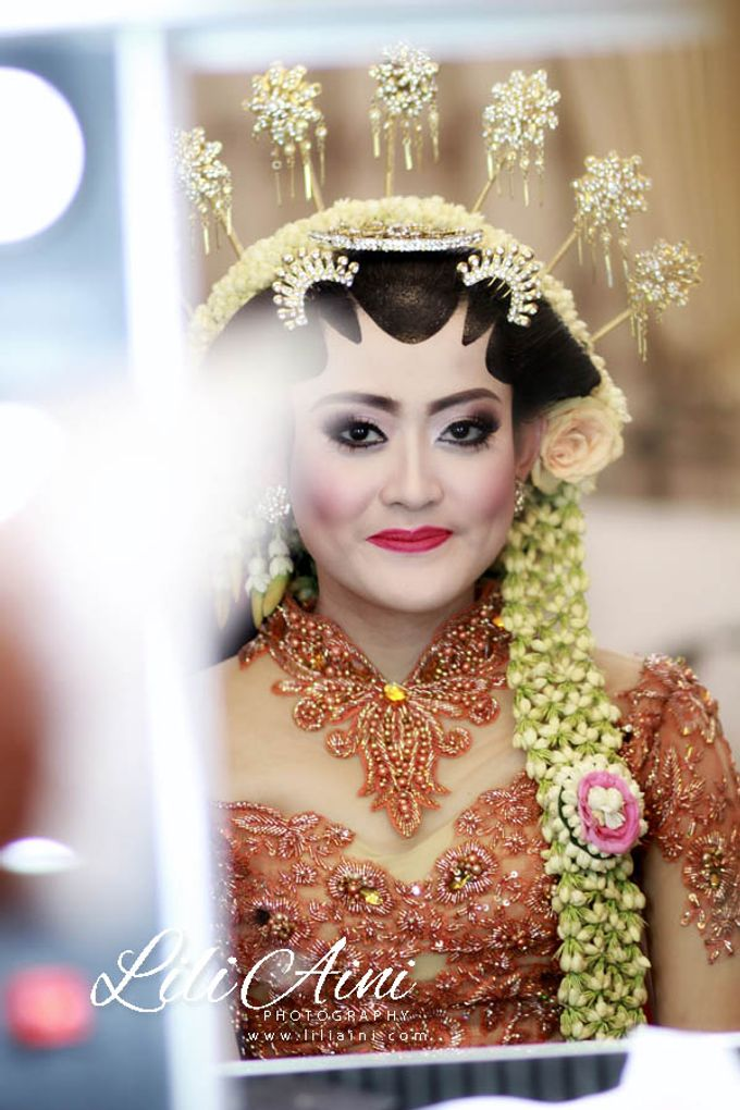 Wedding Reception Akbar & Devy by Lili Aini Photography - 016