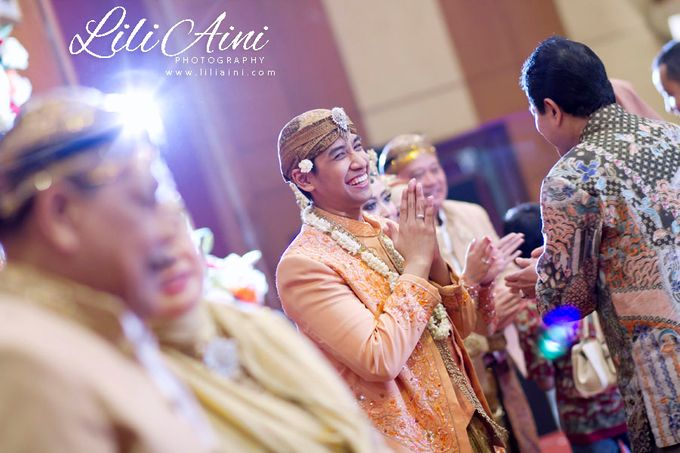 Wedding Reception Akbar & Devy by Lili Aini Photography - 011
