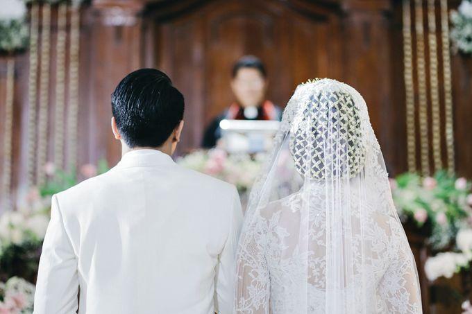 Togi & Jesicca - Holy Matrimony & Batak Ceremony by JAYSU Weddings by Jacky Suharto - 033