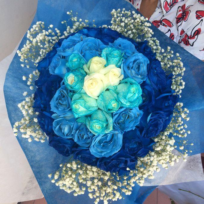 Colored Flowers by Les Fleur Flower Design - 008