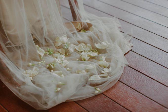 White Bliss by Nina Nasution - 004