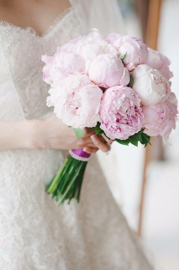 Bridal Series by D'Alexandra Flowers - 005