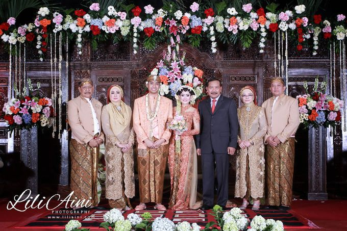 Wedding Reception Akbar & Devy by Lili Aini Photography - 013