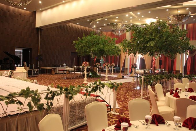 WEDDING DECORATION by ATRIA Hotel Gading Serpong - 008