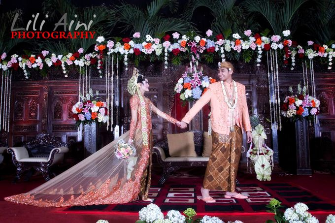 Wedding Reception Akbar & Devy by Lili Aini Photography - 009