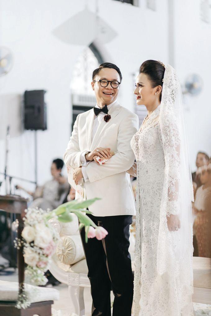 Togi & Jesicca - Holy Matrimony & Batak Ceremony by JAYSU Weddings by Jacky Suharto - 032