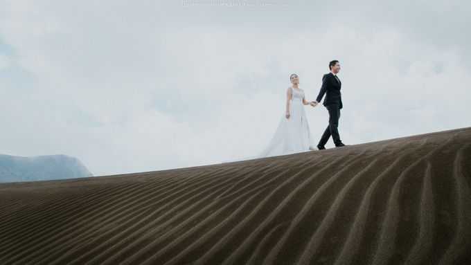 Prewedding Bromo by LUKIHERMANTO LHF - 004