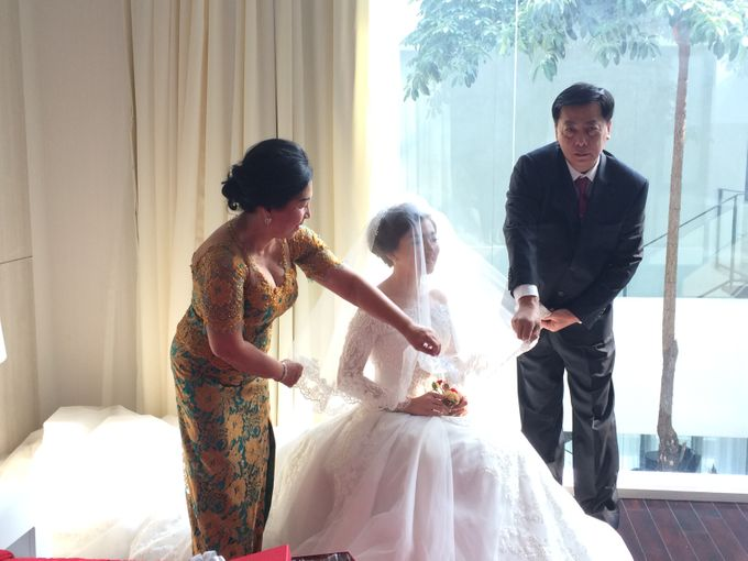 THE WEDDING OF ANTHONY AND VIVIN by JS Wedding Planner Organizer and Entertainment - 007