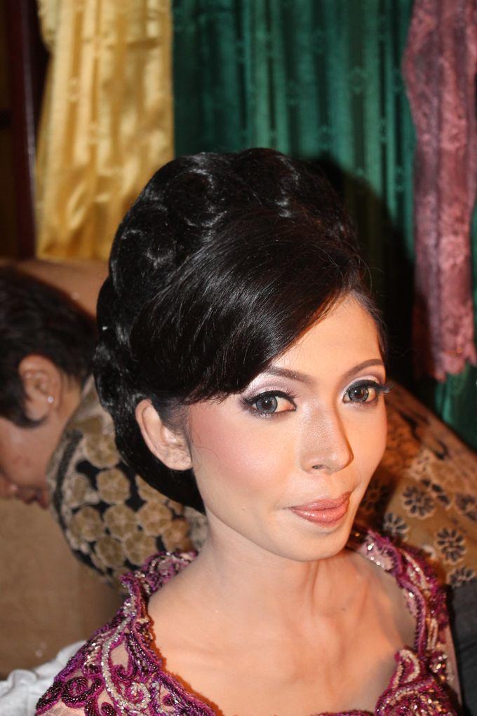 WEDDING - DEVY & DADO by NANA Rias Pengantin - 004