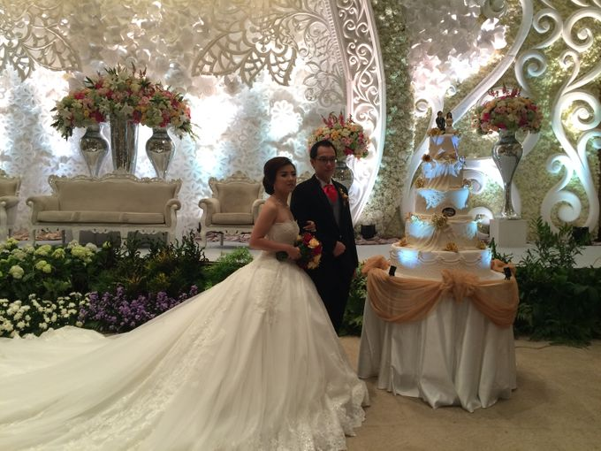 THE WEDDING OF ANTHONY AND VIVIN by JS Wedding Planner Organizer and Entertainment - 010