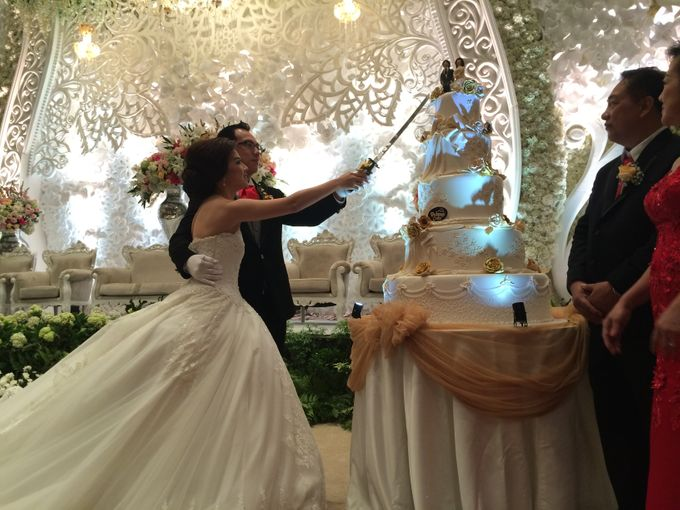 THE WEDDING OF ANTHONY AND VIVIN by JS Wedding Planner Organizer and Entertainment - 014