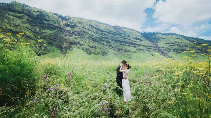 Prewedding Bromo by LUKIHERMANTO LHF - 009