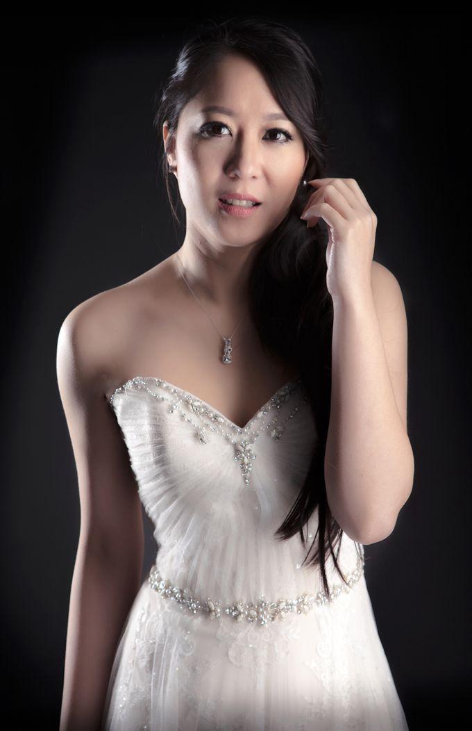 Bridal Photoshoot Michelle Wong by Vivi Christin Makeup Artist & Hair Stylist - 001