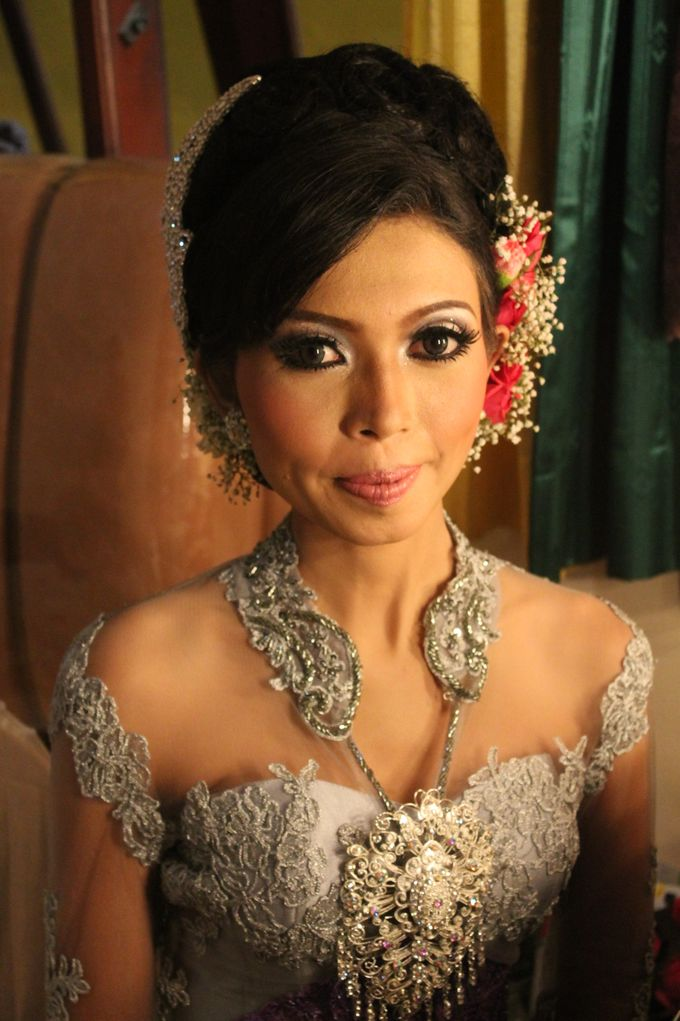 WEDDING - DEVY & DADO by NANA Rias Pengantin - 005
