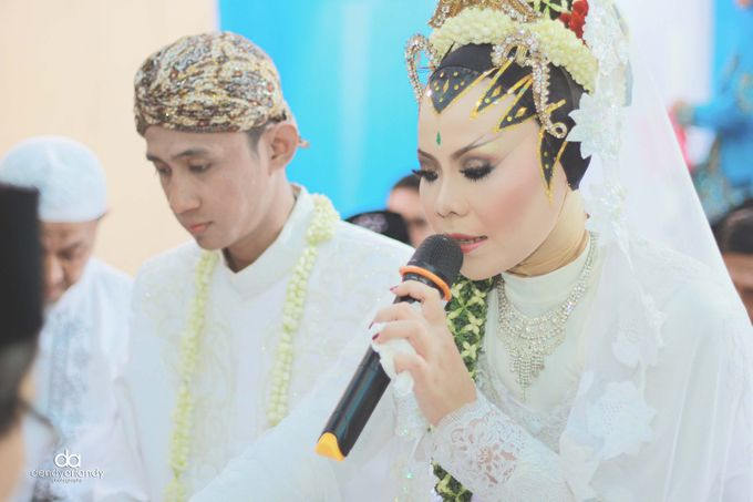Wedding Dian & Theo by C+ Productions - 002