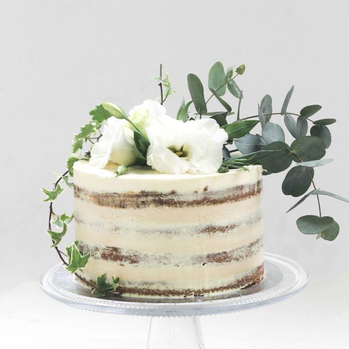 Party Cake - Semi Naked Rustic Cake by Lareia Cake & Co. - 003