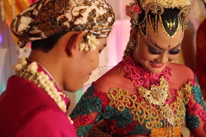 Wedding Rina & Deni by Studio 17 - 006