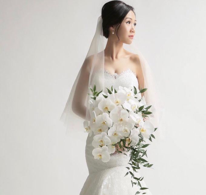 Bridal Hand Bouquet by Petite Fleur SG - 001