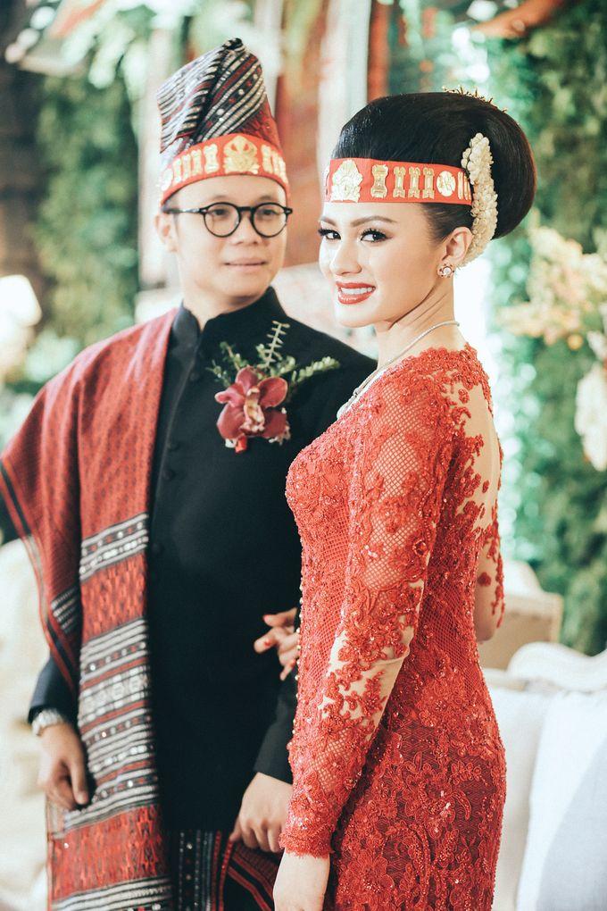 Togi & Jesicca - Holy Matrimony & Batak Ceremony by JAYSU Weddings by Jacky Suharto - 045