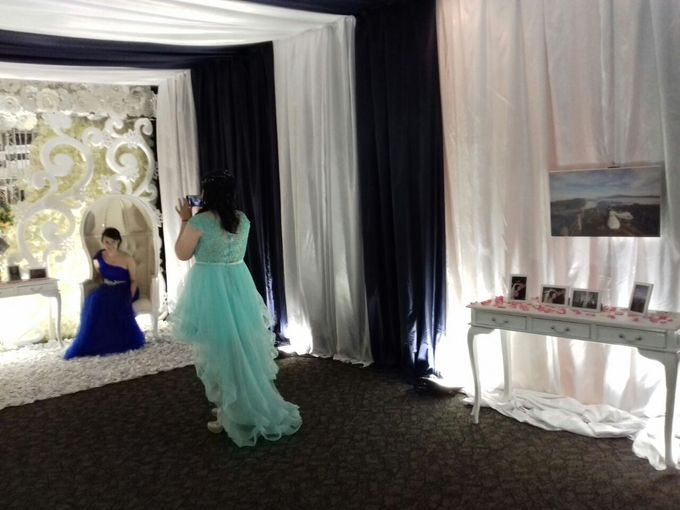 THE WEDDING OF IRWAN AND VRESY by JS Wedding Planner Organizer and Entertainment - 004