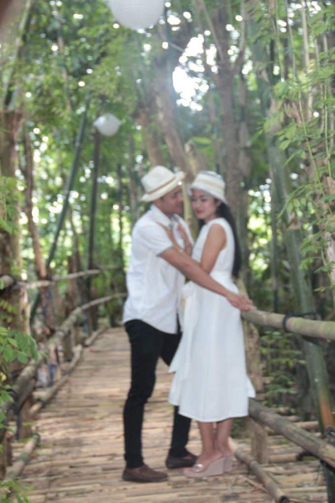 Pre Wed with Casual Theme by De Umah Bali - 005