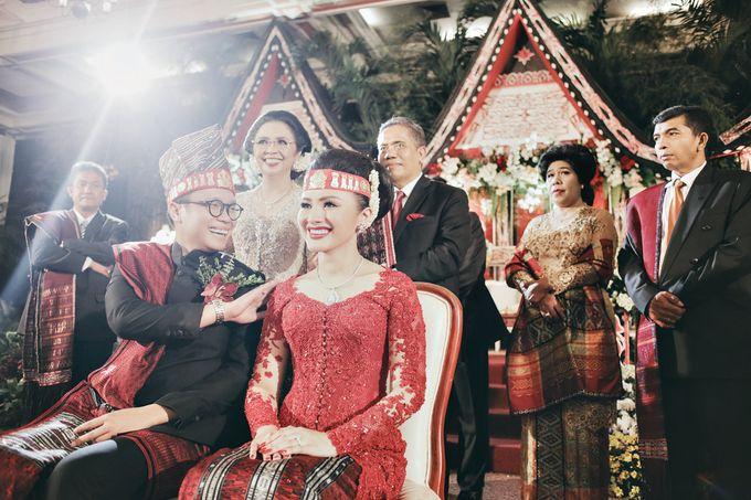 Togi & Jesicca - Holy Matrimony & Batak Ceremony by JAYSU Weddings by Jacky Suharto - 046