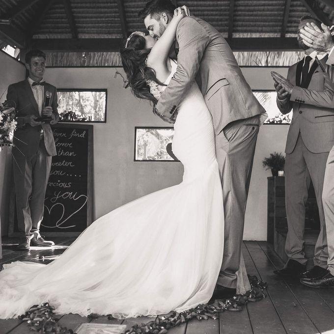 Vintage wedding with a modern edge by Tiara bridal artistry - 003