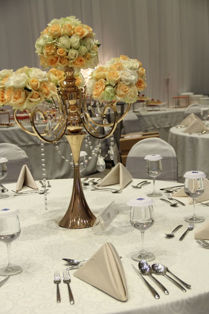 Wedding ghea rechie at novotel tangerang by novotel tangerang add to board wedding ghea rechie at novotel tangerang by novotel tangerang 004 junglespirit Gallery