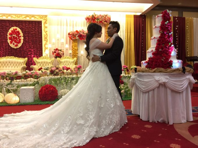 THE WEDDING OF RONALD AND MEILISA by JS Wedding Planner Organizer and Entertainment - 010