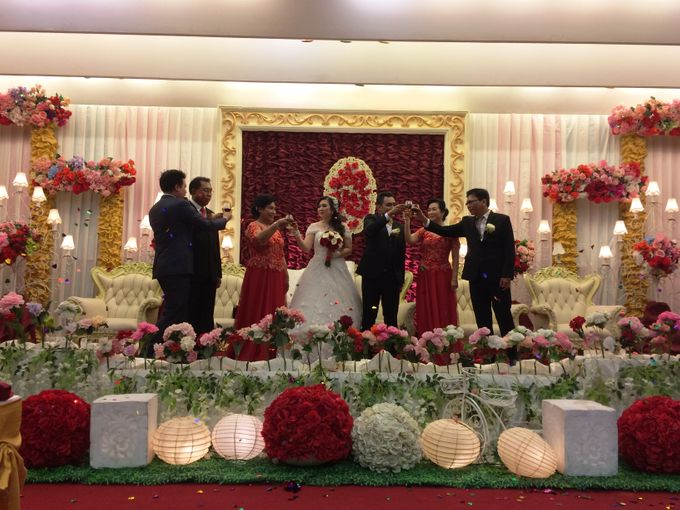 THE WEDDING OF RONALD AND MEILISA by JS Wedding Planner Organizer and Entertainment - 014