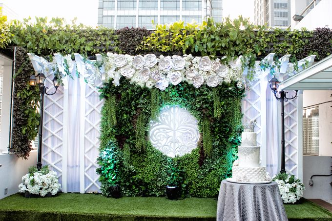 An semi outdoor venue up and above, UNA by Pullman Jakarta Indonesia - 011