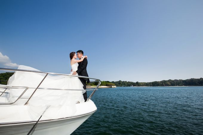 Pre-wedding shoot on yacht by ONE°15 Marina Sentosa Cove, Singapore - 003