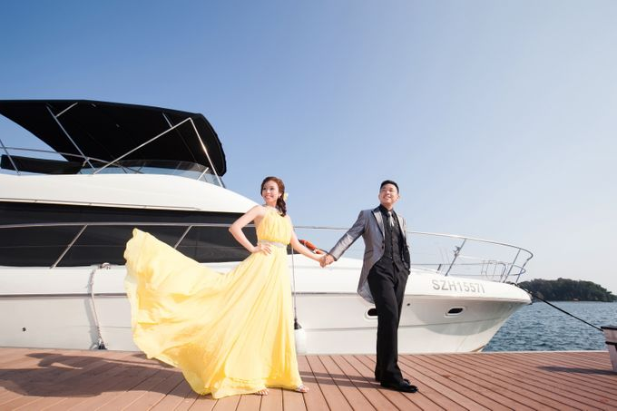 Pre-wedding shoot on yacht by ONE°15 Marina Sentosa Cove, Singapore - 009