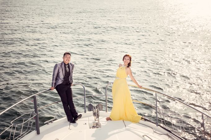 Pre-wedding shoot on yacht by ONE°15 Marina Sentosa Cove, Singapore - 011
