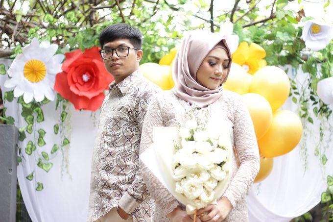 Annisa & Setia Engagement by Garland Galore Flower Shop - 008