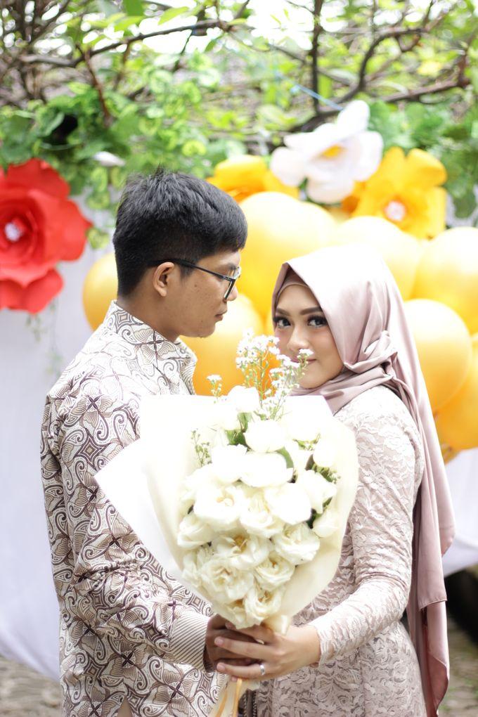 Annisa & Setia Engagement by Garland Galore Flower Shop - 003