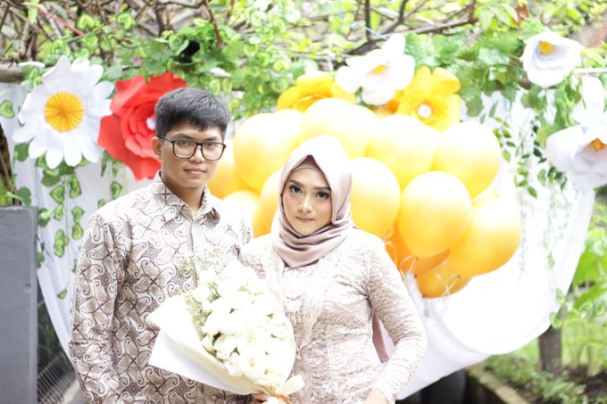 Annisa & Setia Engagement by Garland Galore Flower Shop - 009