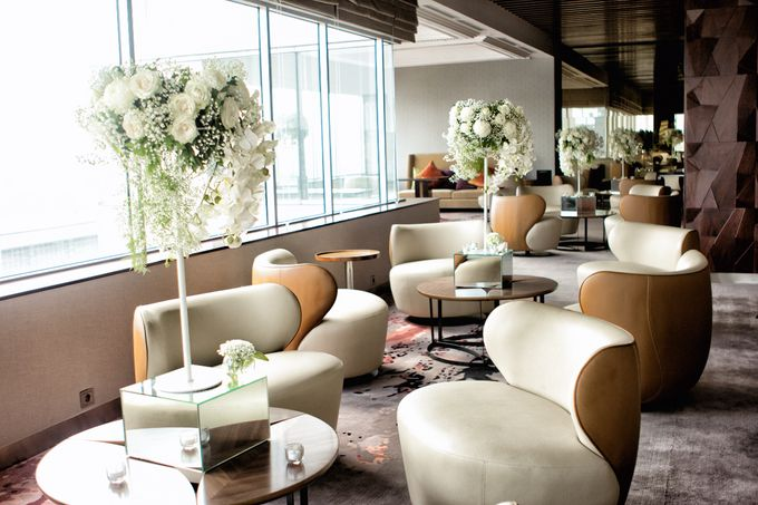 An semi outdoor venue up and above, UNA by Pullman Jakarta Indonesia - 007