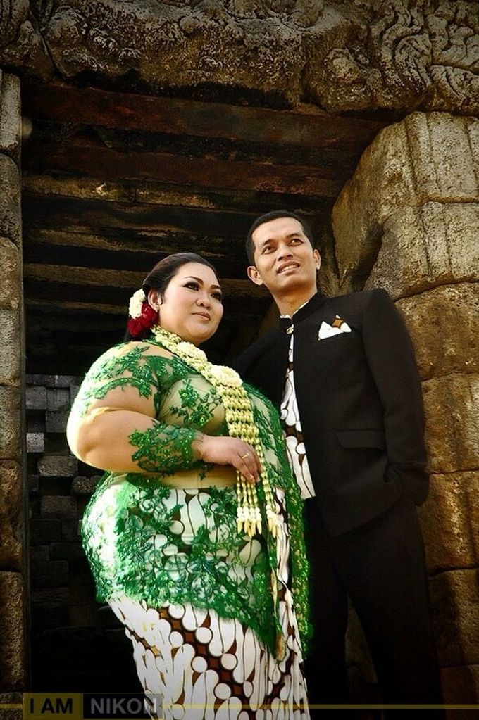 Our Exclusive Plus Size Kebaya and Formal Dress by Curvilínea by Pia Haryono - 010