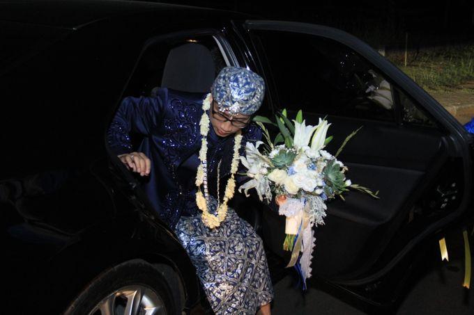 Finna & Febby Wedding by Garland Galore Flower Shop - 001