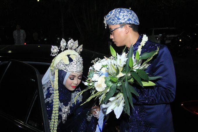 Finna & Febby Wedding by Garland Galore Flower Shop - 003