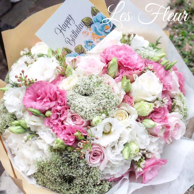 Imported Flowers by Les Fleur Flower Design - 006