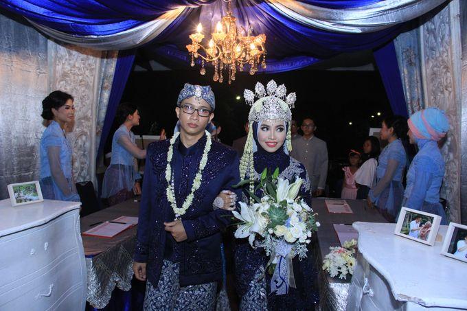 Finna & Febby Wedding by Garland Galore Flower Shop - 005