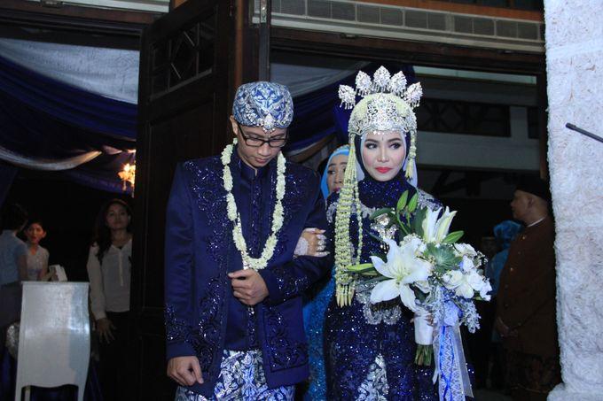 Finna & Febby Wedding by Garland Galore Flower Shop - 006