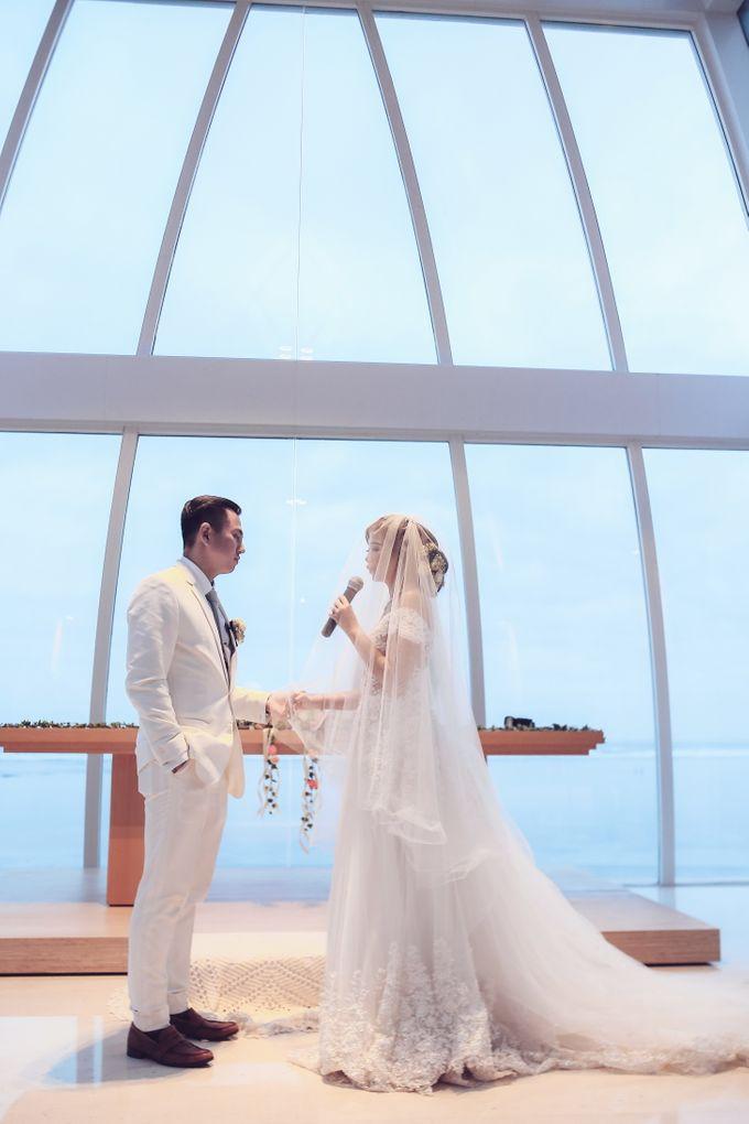 My elegantly intimate wedding by Anaz Khairunnaz - 010