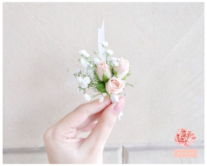 boutonniere by Pivoine Flower Shop - 001