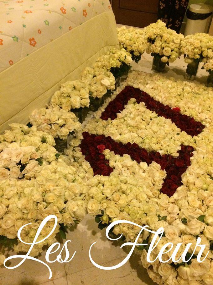 Table Decoration by Les Fleur Flower Design - 011